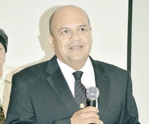 Dirige Eduardo García de la Cruz Agentes de Seguros