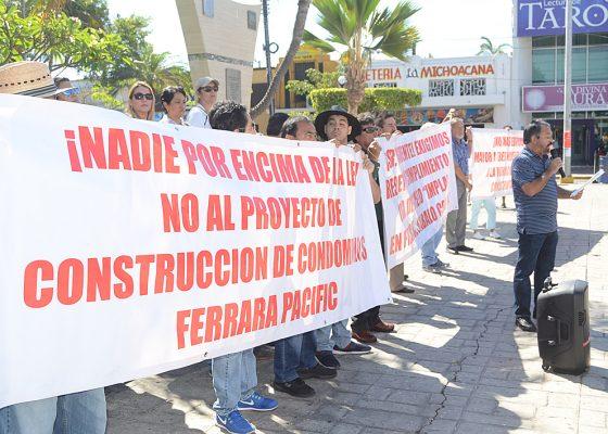 Solapan autoridades municipales a constructores