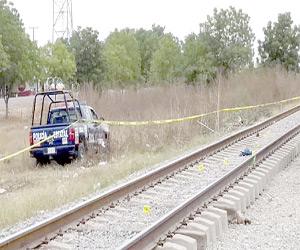 Muere al caer del tren