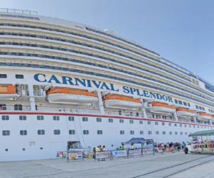 Suman 48 cruceros  y 176,000 visitantes