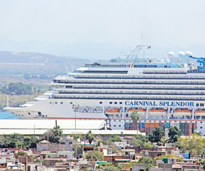 Visita el Carnival Splendor Mazatlán