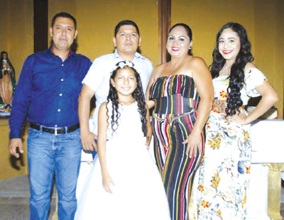 Inicia en la fe Blanca Jacqueline Pérez