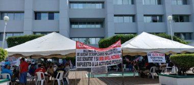 Siguen en plantón de pescadores, reiteran que no permitirán el decreto