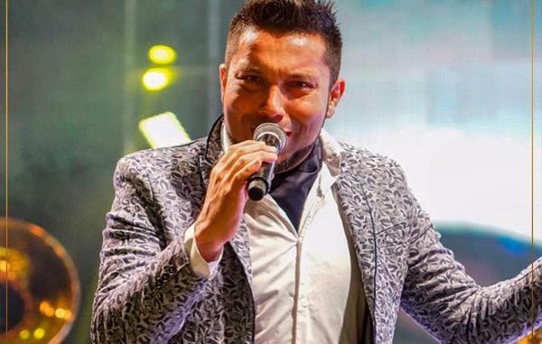 Charly Pérez, vocalista de Banda el Recodo dice adiós