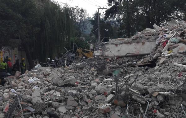 Daños ocasionados por un sismo (Foto: wikimedia)