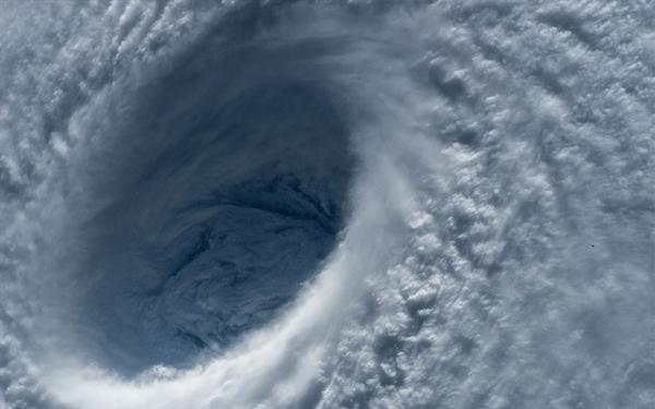 Preparan albergues en Mazatlán por huracan 'Willa'
