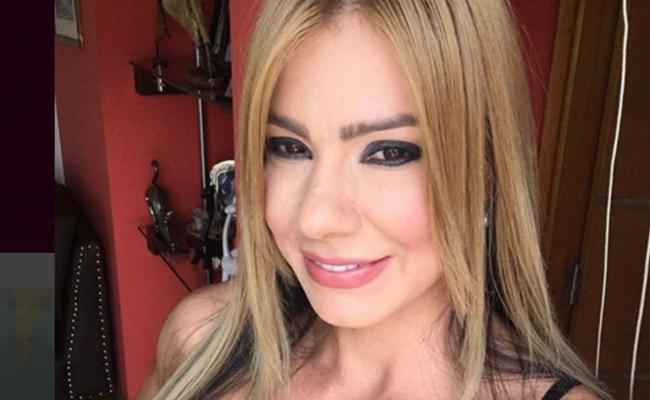 Famosa actriz porno se vuelve youtuber para dar consejos sobre sexo