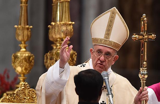 Reza el Papa Francisco por la amada Venezuela en el Ángelus dominical