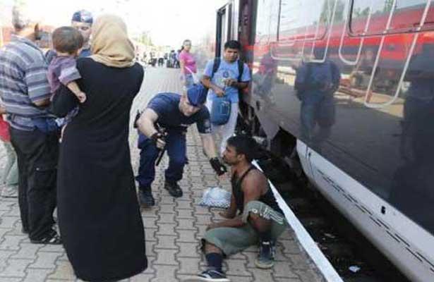 Austria permite la entrada de un tren con inmigrantes tras largos controles