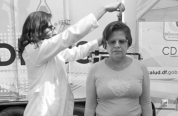 ¿Protege a la familia la Ley Federal del Trabajo? / Derecho Familiar / Julián Güitrón Fuentevilla
