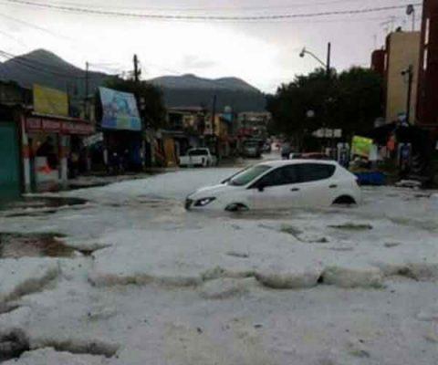 Cuatro muertos y 85 viviendas dañadas dejan lluvias en Edomex