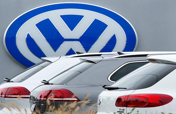 Alcanza Volkswagen un principio de acuerdo en EU sobre autos trucados