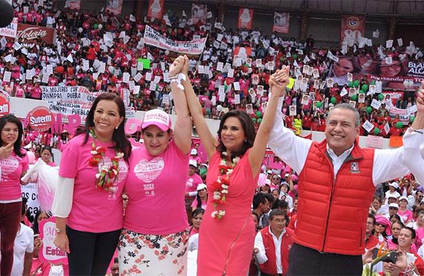 Blanca Alcalá llama a más de 5 mil mujeres a decir basta a la discriminación