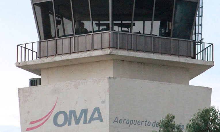 Amanece SLP con banco de neblina, se estima reanudar operaciones en el Aeropuerto capitalino a las 8:30 am. Foto: El Sol de San Luis