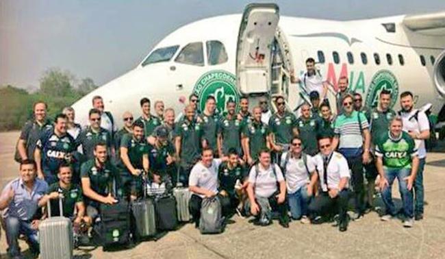 Fallecieron 71 de las 77 personas a bordo; entre los 6 supervivientes, tres son jugadores del Chapecoense. Foto: Twitter