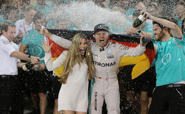 A Hamilton no le funcionó su táctica para vencer a Rosberg — Fossaroli
