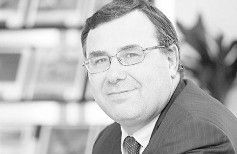"""Patrick Pouyanné, presidente de la empresa francesa Total, reconoció que """"el mercado permanecerá volátil"""" aun durante un tiempo, lo que impide tener una clara visibilidad a largo plazo"""