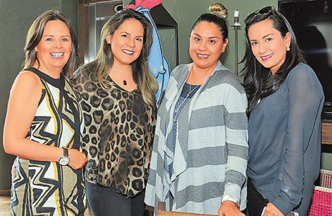LORENA FERNÁNDEZ, Claudia García, Rebeca Hernández y Valery Casillas.
