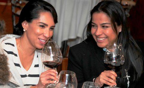 Las expertas Mayra Ascencio y Cecilia Herrera.