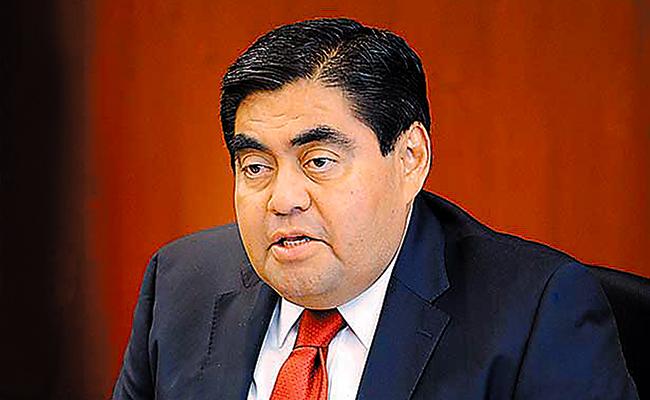 MIGUEL BARBOSA Senador del PRD
