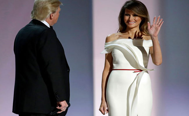 Melania Trump sorprende con vestido diseñado por ellamisma