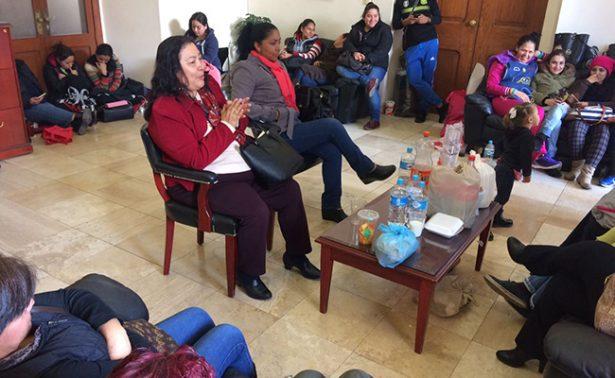 Educadoras potosinas  demandan pago de salarios