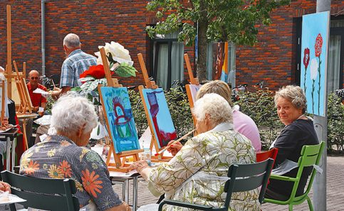 TALLER DE pintura en la plaza.