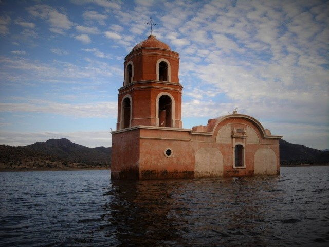churumuco-iglesia