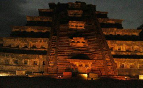 La Pirámide de los Nichos, recibió la ofrenda depositada por los Abuelos del Kantiyán.