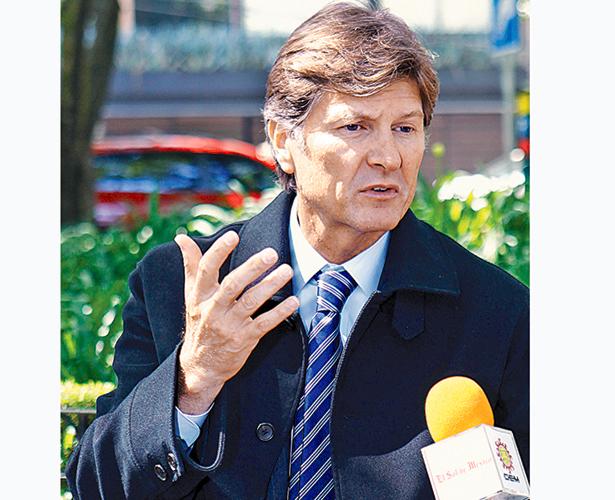 Enrique De la Madrid Secretario de Turismo