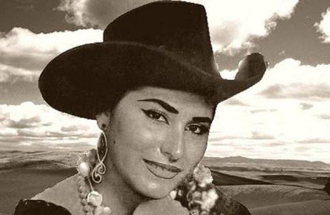 Adila Castillo.