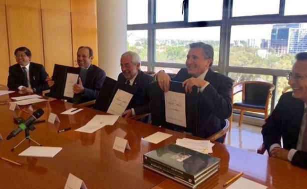Slim, CNDH y UNAM ayudarán a migrantes a obtener ciudadanía estadounidense