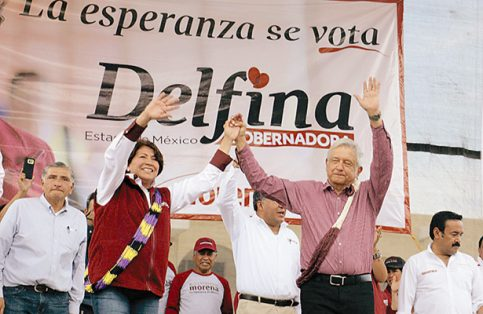 Durante su visita a Chalco, la aspirante estuvo acompañada por el líder de Morena, AMLO