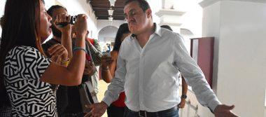 """Cuauhtémoc Blanco se proclama como """"el edil más buscado"""""""