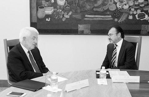El presidente de la Cámara Americana de Comercio, Thomas Donohue, se reunió con el canciller Luis Videgaray.