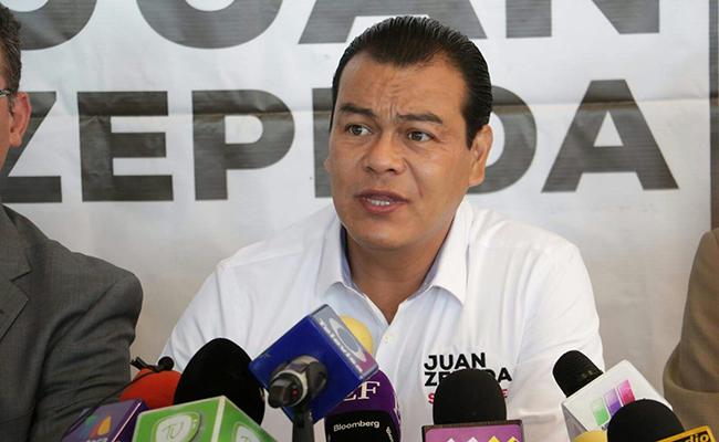 Juan Zepeda dice que revocará concesión del circuito exterior. Foto: Cortesía