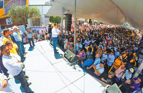 El candidato del PRD, Juan Zepeda, propone revocar a OHL la concesión del Circuito Exterior Mexiquense.