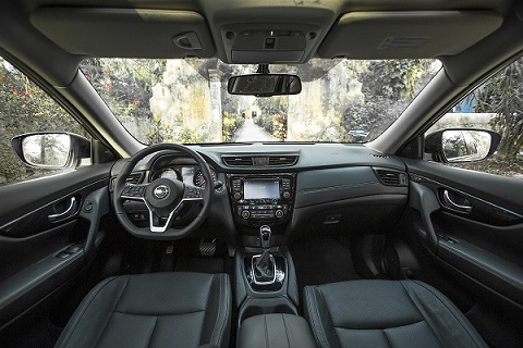 X-Trail 2018 interior