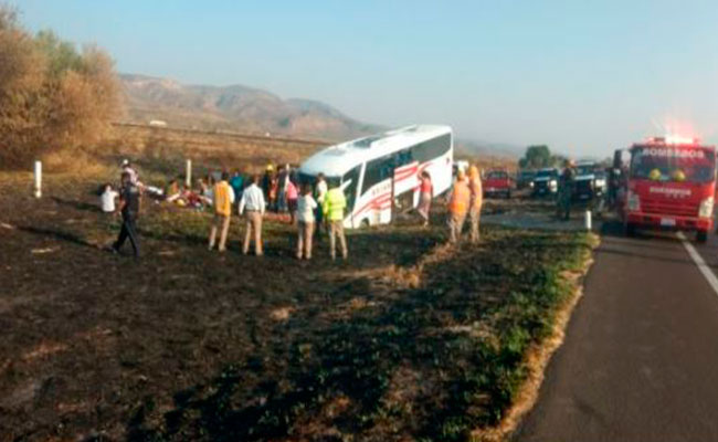 Se accidenta autobús de pasajeros en la GP-Durango; 15 heridos