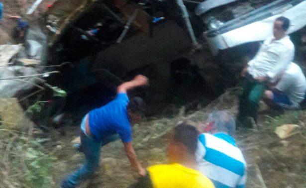 Cae camión a barranco en Motozintla, Chiapas; mueren 12