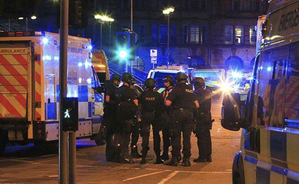 Confirman 19 muertos y 50 heridos por explosiones en Manchester — VIDEOS