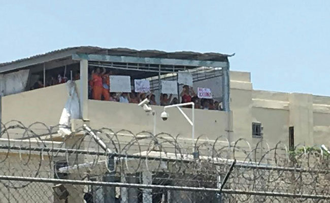 Un grupo de reos del penal del Topo Chico se manifestaron / Foto: Cortesía