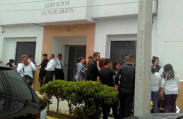 Las autoridades detuvieron al dueño de la unidad y a un segundo hombre. Foto: Luciano Tapia