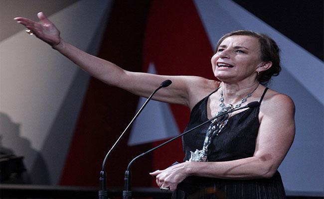 Verónica Langer como mejor actriz en La caridad