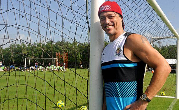 Enner Valencia se estrena con los Tigres anotando un 'hat-trick'