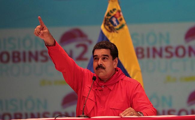 El presidente de Venezuela, Nicolás Maduro, anunció hoy el aumento de 50% del salario mínimo mensual. Foto: Reuters