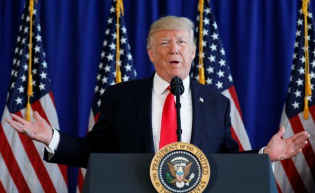 """Trump saluda decisión """"sabia"""" de líder norcoreano de detener plan de lanzar misiles"""