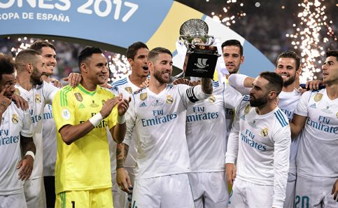 Sin Cristiano Ronaldo, Real Madrid alza la Supercopa de España