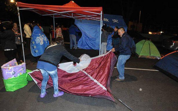 Damnificados del 19S deciden levantar plantón en Calzada de Tlalpan tras ocho horas de paro