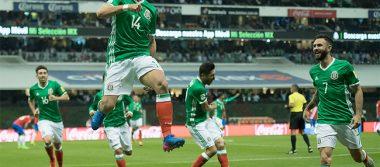 Goles de Chicharito y Araujo dan victoria al Tri frente a Costa Rica